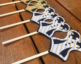 Corset Cupcake Toppers, set of 12 // bachelorette party // bridal shower // lingerie party