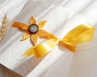 Sunflower wedding invitation/Unique invitation/Handmade sunflower invitation/Yellow wedding invitation/Elegant invitation/Quilling invite