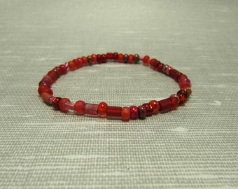Stretch Bracelet - Mixed Shapes in Red - 7 inch
