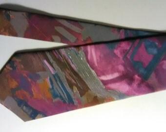 298.  Heusen necktie