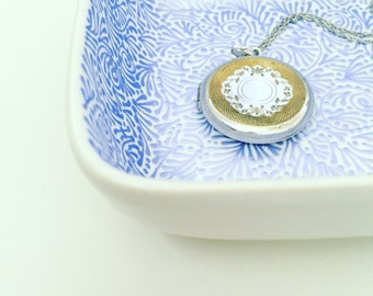 Hand Painted Jewelry Dish (Periwinkle)