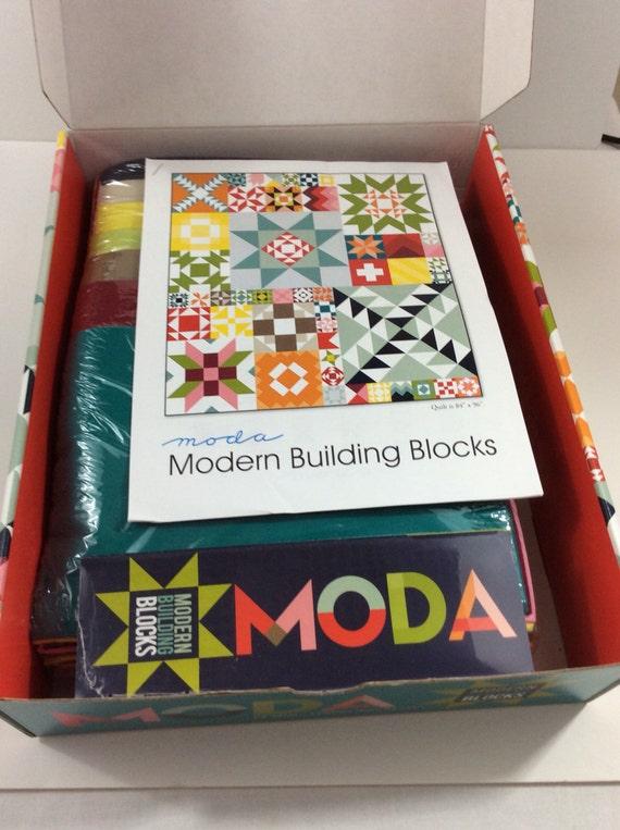"""Moda Quilt Kit -""""Modern Building - 80.2KB"""