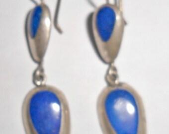 Pretty delicate vintage 950 silver blue enameled dangle style pierced earrings