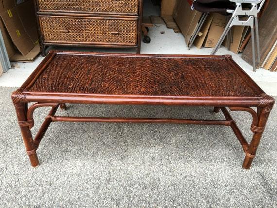 table basse en rotin ann es 70. Black Bedroom Furniture Sets. Home Design Ideas