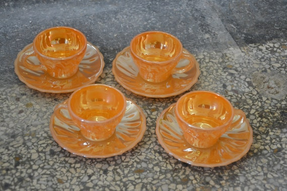 Set of 4 anchor Hocking peach cup and saucers