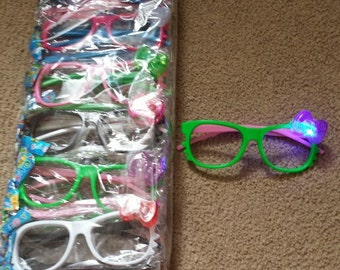 Flashing Hello Kitty Glasses Party Favors