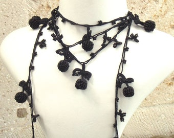Turkish OYA Lace - Lariat necklace - Berry - Black