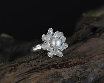 Lotus/Water Lily Flower Ring, Natural Pearl Ring, Sterling Silver Flower Ring, Statement Ring, Wedding Jewelry, Anniversary Gift, Size 7