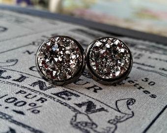 FIVER FRIDAY, Druzy ear studs, druzy effect resin, sparkle earrings, glitter jewellery, faux moon rocks