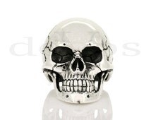 Large Full Skull Ring