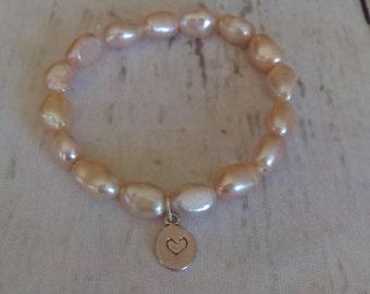 Freshwater pearl bracelet - pink pearl bracelet - pearl jewelry - stacking bracelet - stretch bracelets - gift for her - light pink pearls