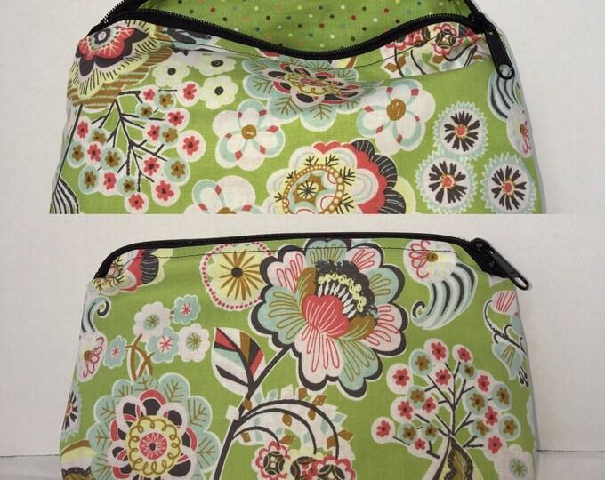 Floral, Design, Artsy Print Bag | make-up bag, make up bag, fun bag, money bag, cosmetic bag, everything bag, Plum & Khloe designs bag