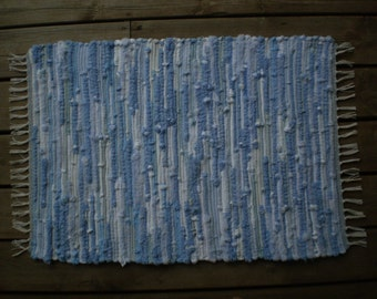 """Light Blue Knit and Terry Sock Looper Rug/ 32"""" X23"""""""