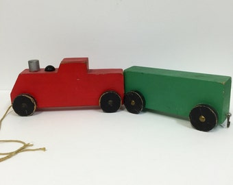 Vintage Wooden Handmade Wooden Toys/Vintage Holiday Decor/Vintage Wood Pull Toy