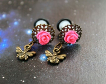 Pretty pink flowers plugs  gauges 6mm 2G stretched ears bee dangles