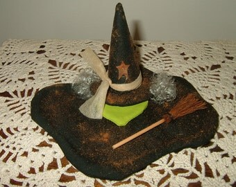 Primitive Melting Witch~Table Sitter~Ornie