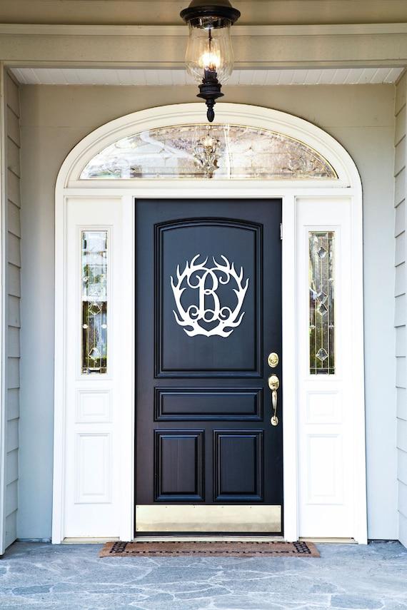 Antler Monogram Door Hanger | Southern Charm | Hunting Decor | Monogrammed Door Hanger | Free Shipping | Terrific Holiday Gift Idea