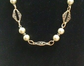 Antigue Gold finish with Olive Pearls Necklace Set
