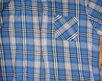 Vtg Lacs & Montagnes plaid check warm flannel cotton shirt blue  80s 90s  SIZE Large