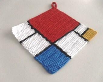 "Crochet Potholder, handmade crochet trivet""Mondriaan"", Red blue and yellow crochet Square 16x16cm/6,5x6,5 in,cotton hot pad, kitchen gifts"