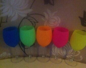 Set of 4 neon glitter glasses