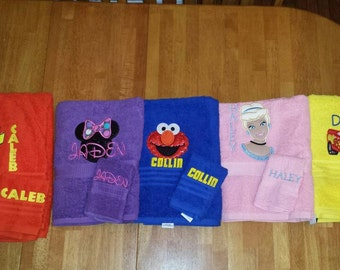 1 Personalized Towel and wash cloth set. Pick your color, character, name and thread colors!