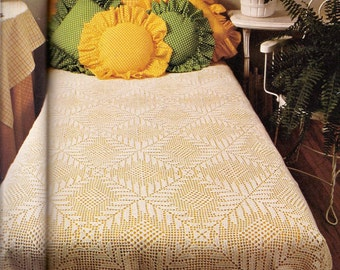 Crochet Pattern: Filet Patterned Bed Coverlet Or Tablecloth - PDF Instant Pattern Download - Vintage Treasured Pattern Bedspread