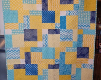 Lap quilt, single bed quilt, twin size quilt, blue and yellow quilt, blue quilt