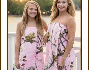 Monogrammed Camouflage Bath Wraps, Camo Towel Wraps, Camouflage Towel Wrap, Bridesmaids Gifts, Bridal Gifts,RealTree Camo - R