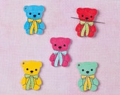 Needleminder / needle keeper / needle knack for cross stitch / embroidery / needlework / xstitch / bear