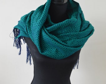 Green Mexican Scarf Mexican Shawl    Beautiful Scarf   Mexican Table Runner    Bed Runner    Mexican Fabric  