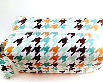 Hint of Mint- Cosmetic Bag, Makeup Bag, Travel Bag, Box Pouch