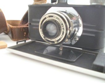 Vintage Argus Anastigmat Chrome Retro f4.5 Camera great for collector or Decorating Shelf