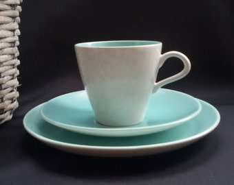 Set of 4 Poole Twintone Teacup, Saucer and Side Plate Trio's