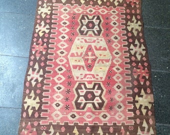 Kilim , Material is 100% Organic wool and Handwoven , Size : 103 x 180 cm , 40,5 x 70,8 inches