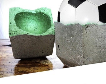 "4 set egg Cup ""Jogi"" from concrete"
