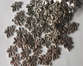 50/100  x Antique Silver  Lucky Four Leaf Irish Clover St Patrick Celtic Charms/Beads/Pendants- IE2