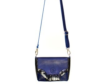 Small shoulder bag, blue, patent leather