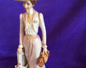 Avon Albee 1984 Award Figurine