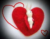 Red heart hare brooch - Brooch - Wool Heart - Red Broosh -Wool Pin - Valentines heart - Love gifts - Gifts for her - Red heart - Needle Hare