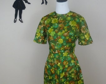 Vintage 1950's Floral Dress / 50s Green Day Dress XS  tr