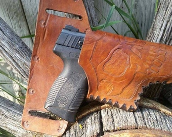 CUSTOM GUN HOLSTERS prices may vary
