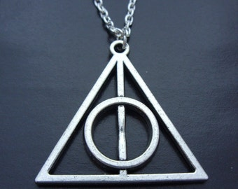 Silver Tone Harry Potter The Deathly Hallows Charm Pendant Chain Necklace