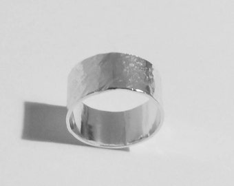 Rustic silver band, hammered sterling silver round band ring