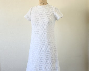 Vintage 60s Polyester White Knit Dress Perfect Mod Wedding Dress