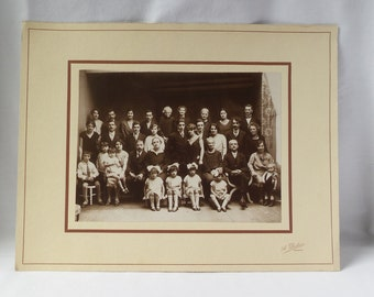 Large photo of sepia old family / marriage original photo with original carton / 1930 / authentic black and white photo French.