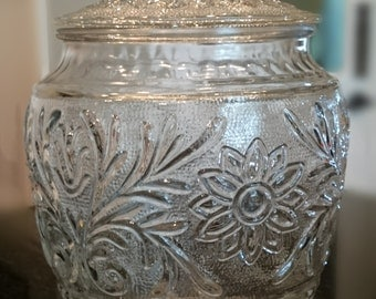 Anchor Hocking Sandwich Glass/ Biscuit Jar/ Cookie Jar
