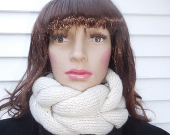 Neck tube scarf,Winter scarf,Circle scarf,Knit scarf,beg color,