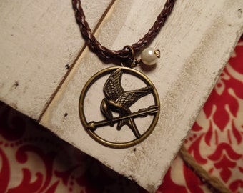 The Mockingjay's Pearl Necklace  (Inspired by Katiniss and the Hunger Games Trilogy)