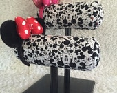 Mouse ears, Mouse ear display, Disney ears, Minnie ears, Minnie ear display, Mickey Mouse, Disney Headband, Minnie mouse headband